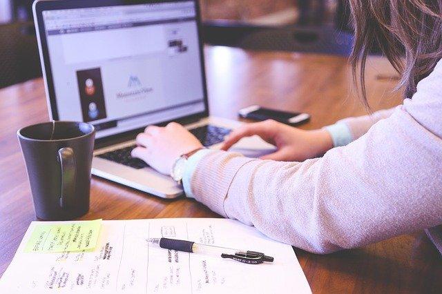 virtuální asistentka online